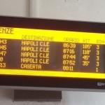 Napoli, macchinista di treno depresso chiude fuori il collega e fa partire il regionale in orario